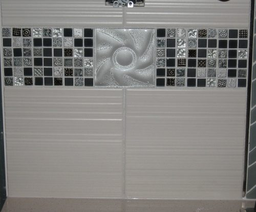 glass mosaic accent tile
