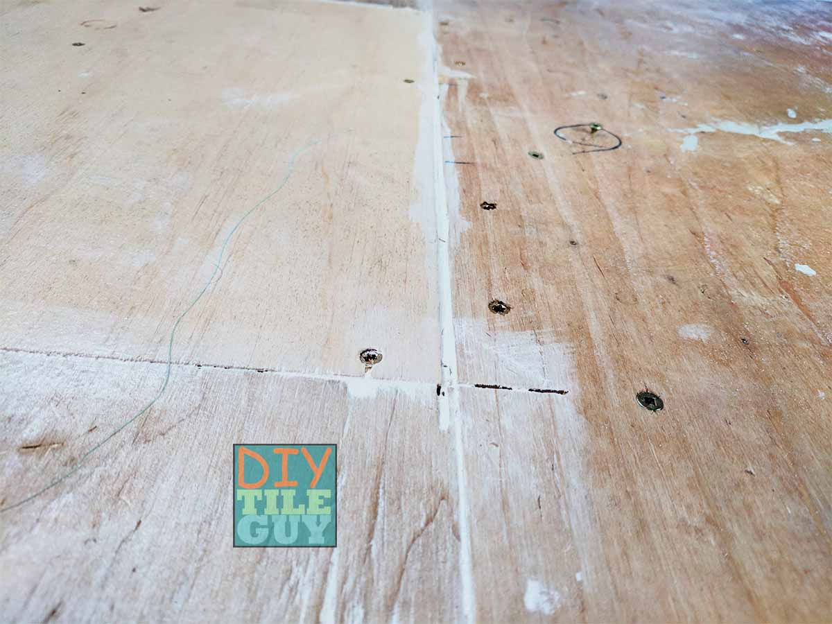 Filling seams for self-leveling underlayment pour